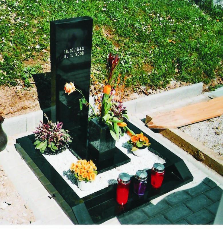 Žarni nagrobnik 20